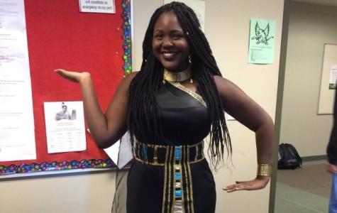 Junior Regine Miller dresses up as Queen Nefertiti. The costume contest took place on Friday, Oct. 30.
